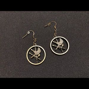 Hottopic Hunger Games Mockingjay Earrings